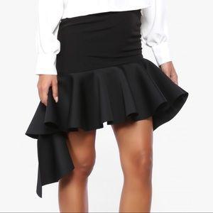 Brand New! Storets louise ruffle skirt